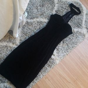 GORGEOUS velvet choker dress